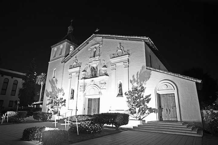 Mission Santa Clara. Courtesy of Paul Richmond.
